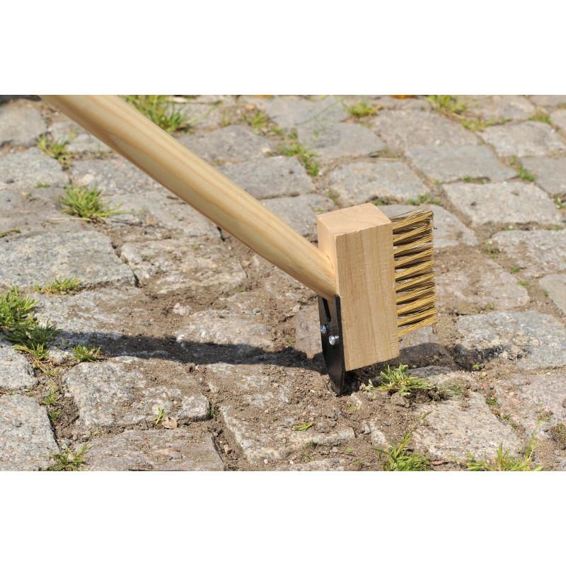Brosse de jardin pour nettoyer les joints de vos dalles de for Nettoyage jardin 78