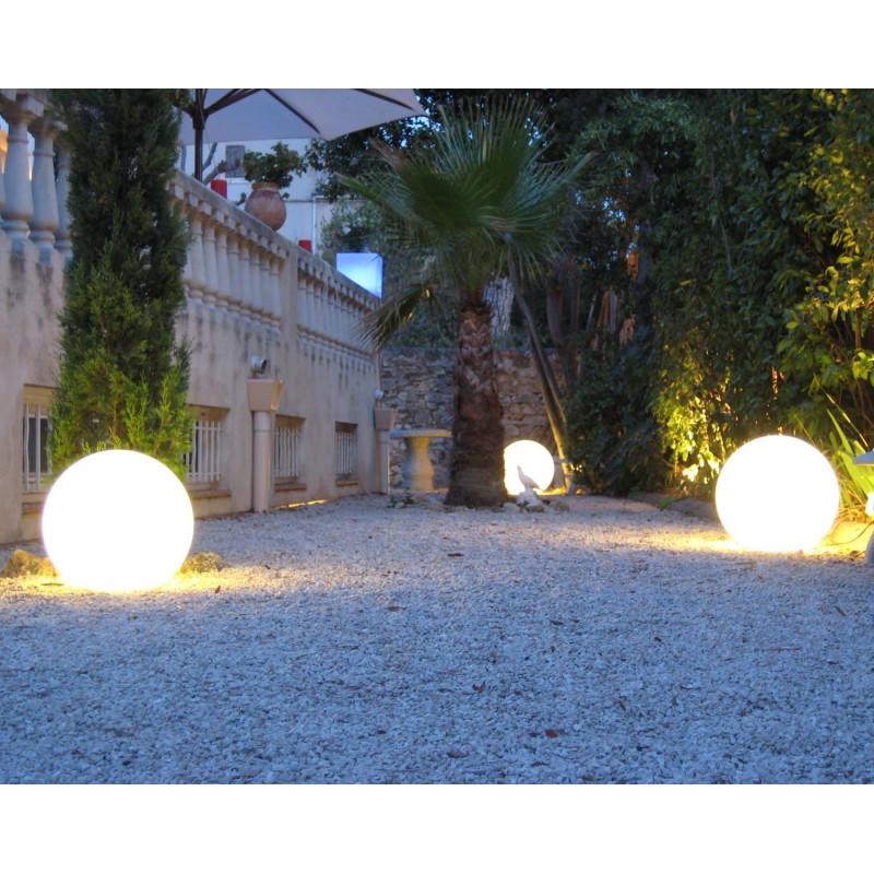 Boule lumineuse blanche ext rieure jardin et saisons - Boules lumineuses jardin ...