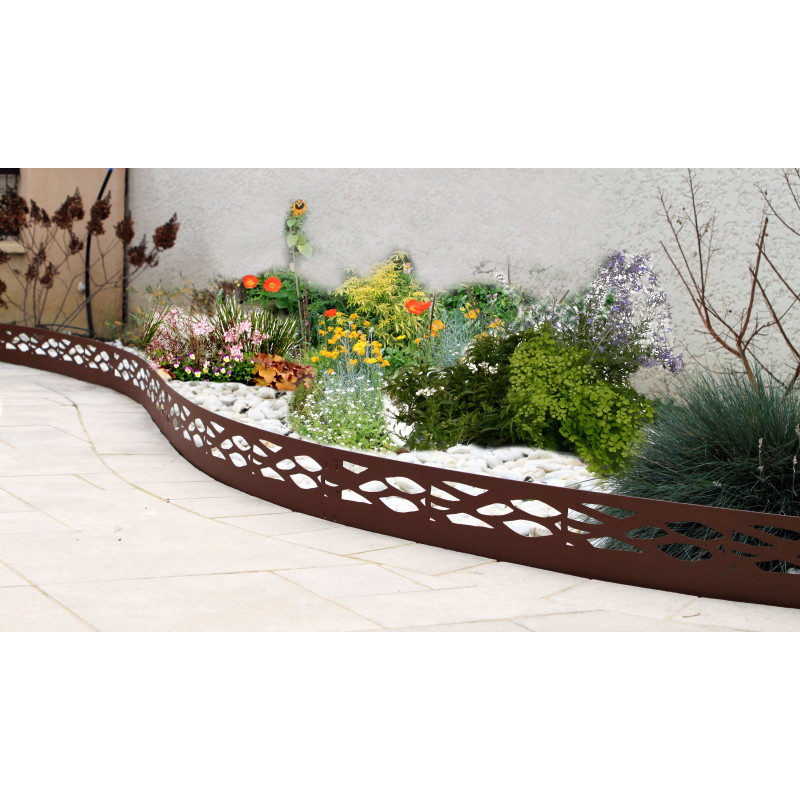 Bordure de jardin en acier fer vieilli ajour e chez jardin for Bordure jardin gris anthracite