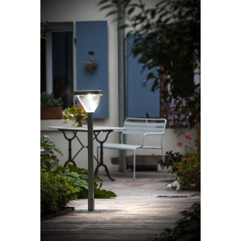 lampadaire de jardin solaire led 155 cm jardin et saisons. Black Bedroom Furniture Sets. Home Design Ideas