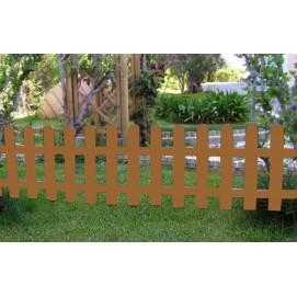 Petite clôture marron clair