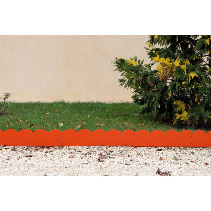 Bordure de jardin en m tal de couleur orange for Bordure jardin acier