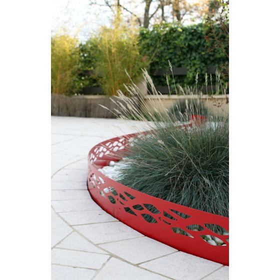 Votre bordure de jardin en acier rouge rubis ajour e jardin et saisons - Bordures de jardin originales ...