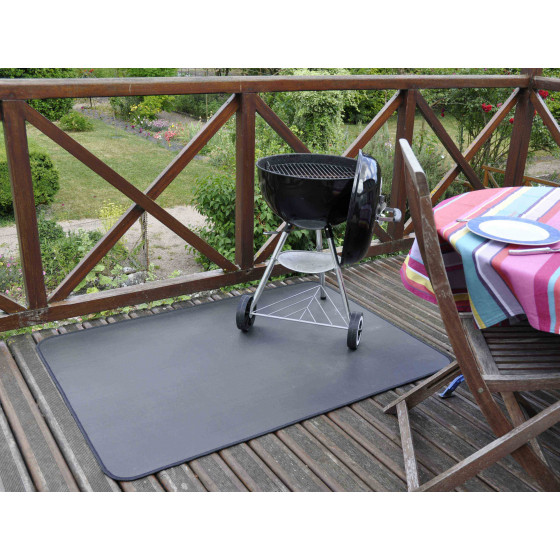 tapis de protection terrasse pour plancha et barbecue jardin et saisons. Black Bedroom Furniture Sets. Home Design Ideas