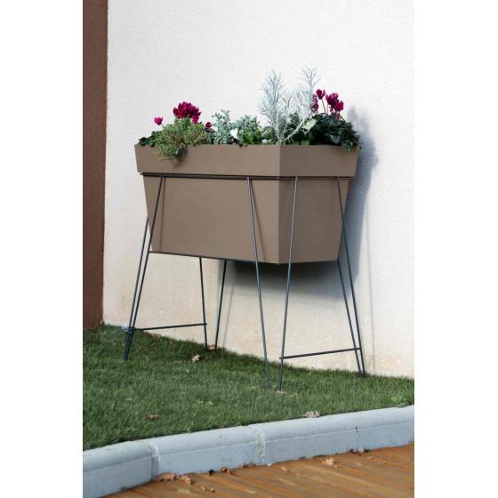 bac jardini re rectangulaire sur lev. Black Bedroom Furniture Sets. Home Design Ideas