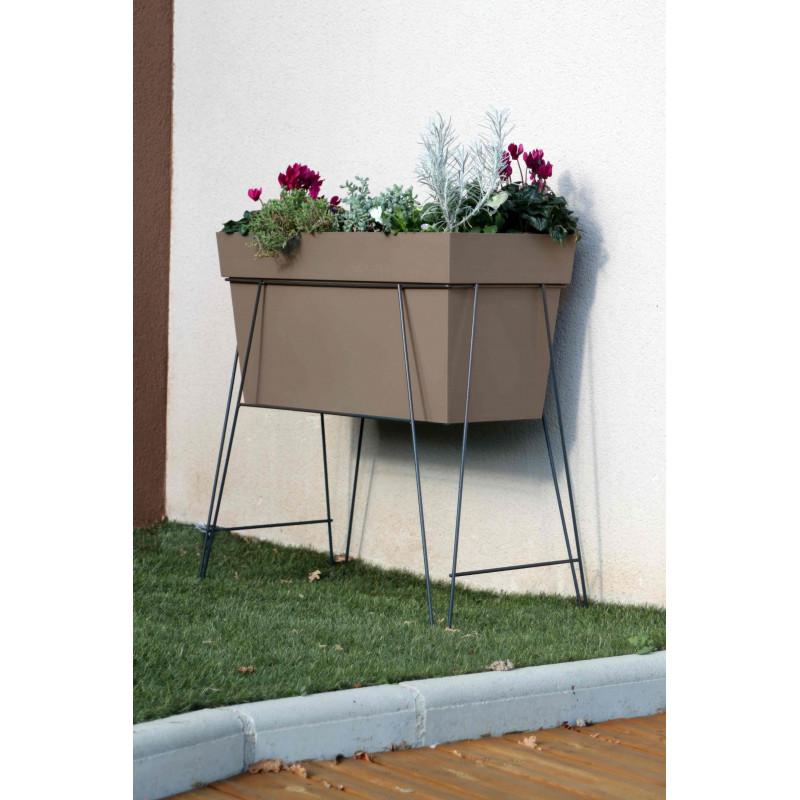 la gamme pots de fleurs, bacs et jardinières jardin et saisons