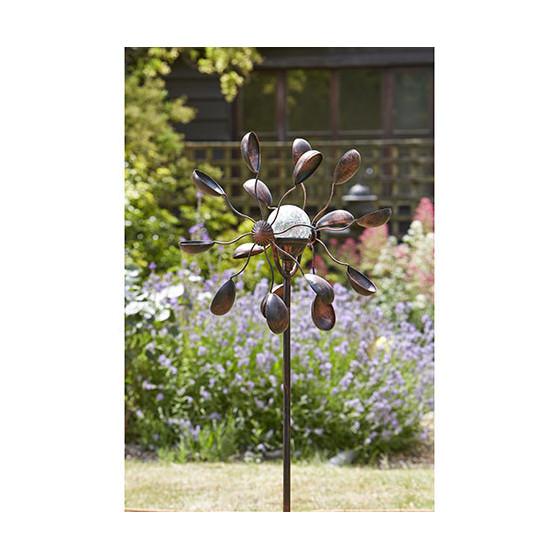 Optez pour une Girouette éolienne décorative en métal !