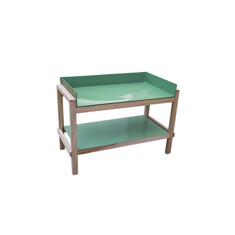 optez pour cette table de rempotage en bois chez jardin et saisons. Black Bedroom Furniture Sets. Home Design Ideas