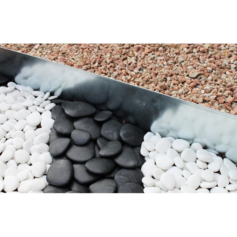 Galet de jardin décoratif noir en plastique recyclé diamètre 5 à 8 cm