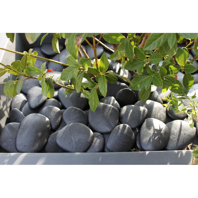 Galet de jardin d coratif noir en plastique recycl diam tre 5 8 cm - Galet jardin ...