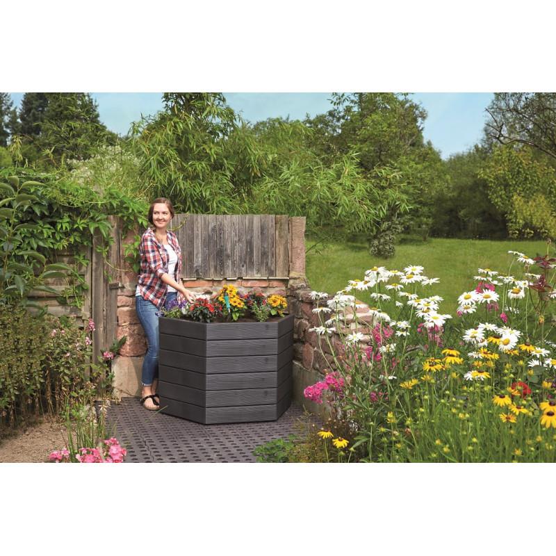 Jardin et Saisons présente son carré potager hexagonal en plastique