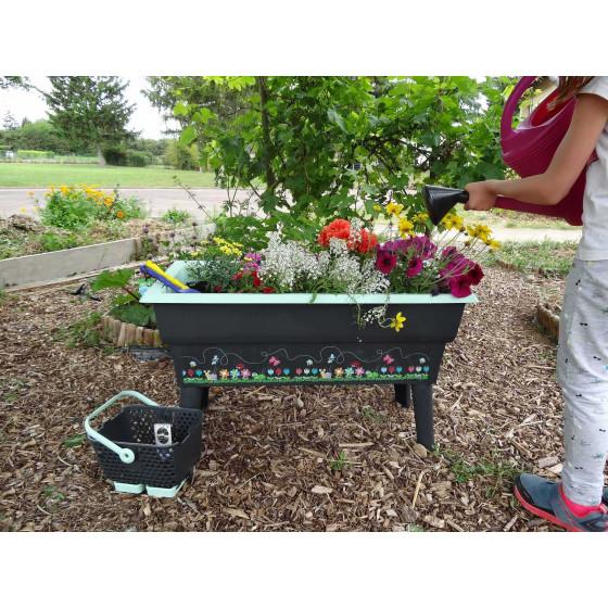 Jardinière sur pied pour enfant
